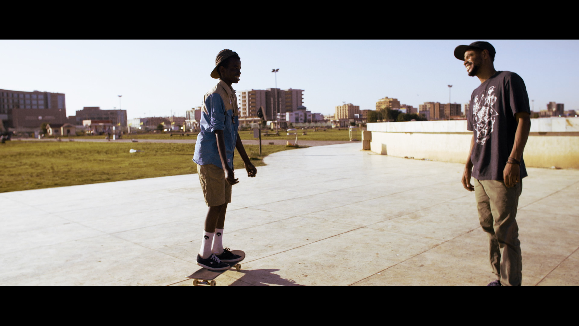 EDITUDE PICTURES Momen The Skater