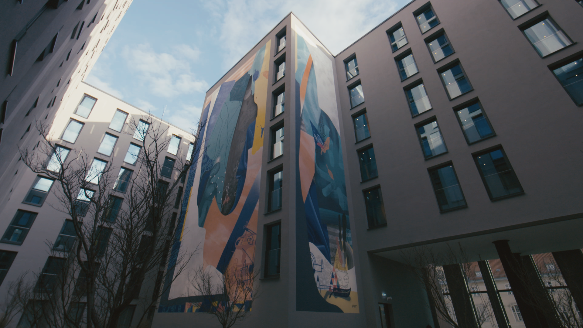EDITUDE PICTURES KLUB7 for Motel One